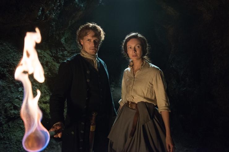 Sam Heughan (Jamie Fraser), Caitriona Balfe (Claire Randall Fraser)- Outlander 313