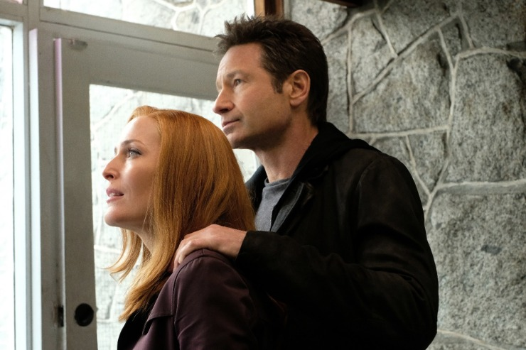 "THE X-FILES: L-R: Gillian Anderson and David Duchovny in the ""Ghouli"" episode of THE X-FILES. ©2018 Fox Broadcasting Co. Cr: Robert Falconer/FOX."