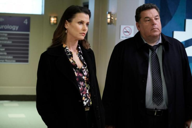 Blue Bloods 9×16 Review: Who Framed Jamko? – Writes of the Roundtable